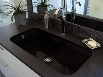 Evier noir black is chic d co - Evier de cuisine en granite ...