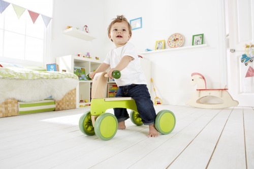 E0101A Scoot-Around child 2.jpg